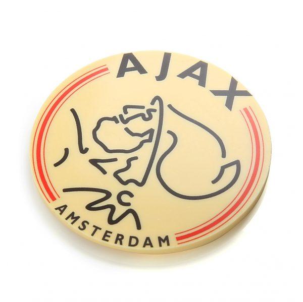 Ajax voetbalclub logo in chocolade